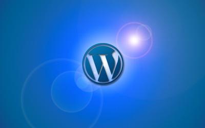 WordPress con destellos y fondo azul